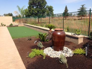 Artificial Grass Photos: Lawn Services Bystrom, California Best Indoor Putting Green, Small Backyard Ideas